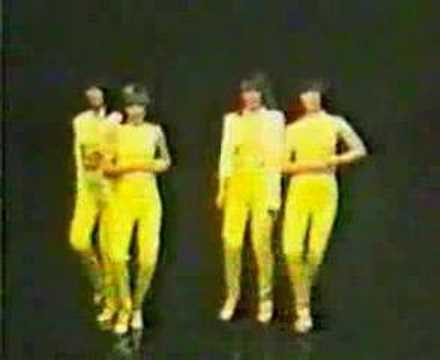 Nolans - Gotta Pull Myself Together