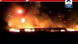 Massive fire engulfs around 200 cracker shops l Goods worth crores gutted - ABPNEWSTV