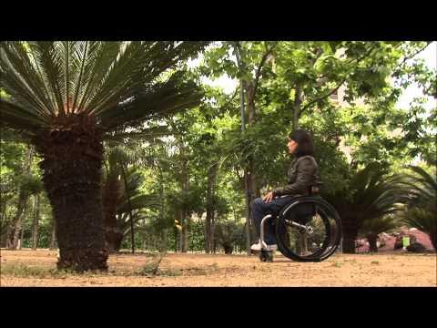 La historia de Anna conviviendo con espasticidad severa a causa de una lesión medular.