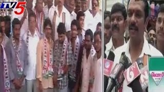 Cong  MLA Devireddy Sudheer Reddy Road show  in LB Nagar - TV5NEWSCHANNEL