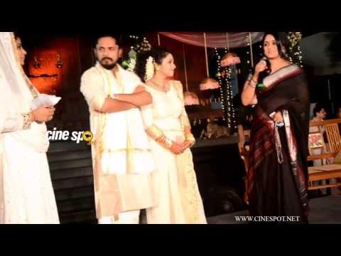 Kavya Madhavan at Ann Augustine wedding reception