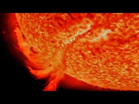 HUGE SOLAR ERUPTION on video!! - 700,000KM long Magnetic Filament - 1080P HD