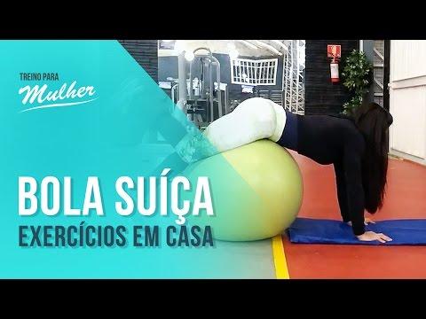 Exercícios em casa com bola suíça