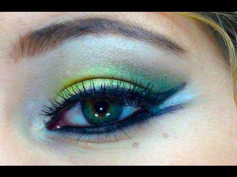 Maquillaje árabe en verde