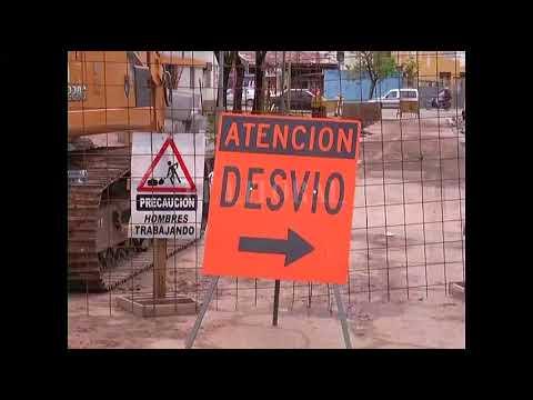 UNA MOTO Y UN AUTO CAYERON EN EL DESAGÃœE DE MARIANO COMAS