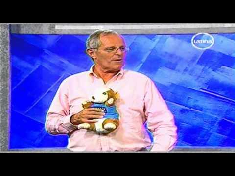 EL ESPECIAL DEL HUMOR - NICOLAS PELUKAR Y PPK 19.03.2011 2/2 19.03.2011
