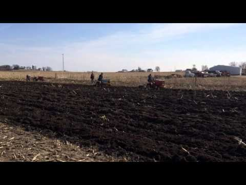 Earlville plow day April 2014