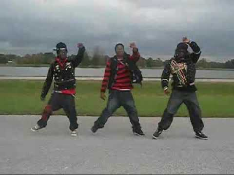 SWAGG WALK OFFICIAL DANCE iPHANTASTIK