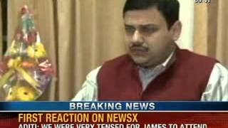 NewsX: Akhilesh Yadav and U.P govt fail- people asked to buy lands and settle from start - NEWSXLIVE