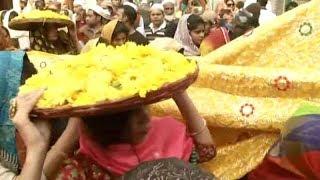 Hazrat Nizamuddin Dargah dons yellow to celebrate Basant Panchami - TIMESOFINDIACHANNEL