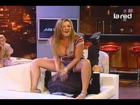 Pilar Ruiz se le ven los calzones ASI SOMOS 2011 -YC9TB1Xjp68