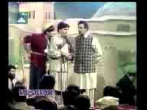 Pashto funny comedy of alamzeb mujahid.mp4