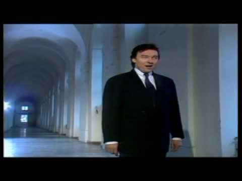 V té noci zázračné - Karel Gott