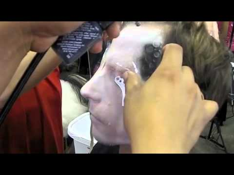 Emmy Awards Airbrush Make-Up How-To with Dinair