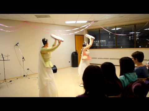 [UMIxEWB Fair Trade Dessert Night] - Azeri/Turkish Dance by Shalaleh Rismani and Asal Ahadi