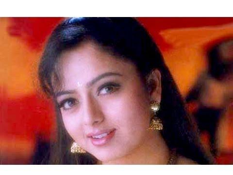 A Tribute To Telugu Actress Soundarya (Soumya) - Rajshri Special
