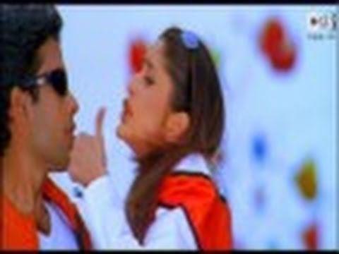 Mujhe Kuch Kehna Hai (Kareena Kapoor) - Maine Koyi Jadoo Nahin Kiya - Official - HQ