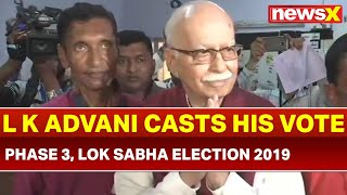 Lok Sabha Election 2019 Phase 3 Voting Day: Lal Krishna Advani casts his vote in Shahpur, Ahmedabad - NEWSXLIVE