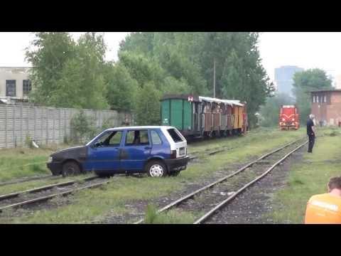 Symulacja zderzenia samochodu z pociągiem