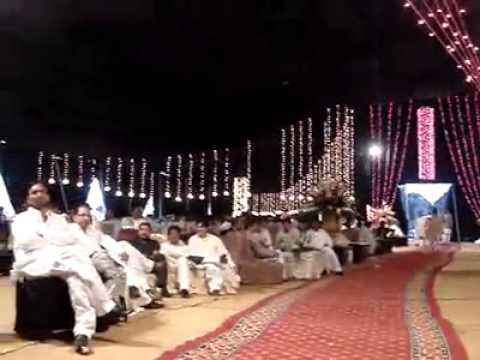 Sara raza khan perform at weeding event