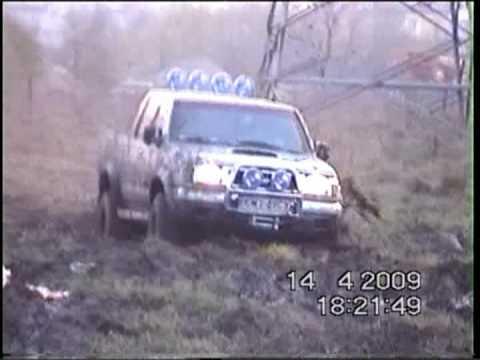 nissan navara & jeep cherokee & land rover discovery off road 4x4
