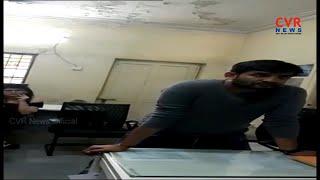 పోలీస్ స్టేషన్ లో మందు బాబుల హల్ చల్ l Drunk Couple Rash Driving in Madhapur | Hyderabad l CVR NEWS - CVRNEWSOFFICIAL