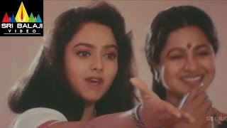 Aaro Pranam Movie Soundarya and Radha Scene   Soundarya, Vineeth   Sri Balaji Video - SRIBALAJIMOVIES