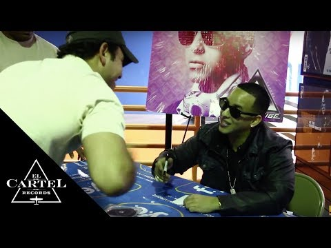 DADDY YANKEE PRESTIGE INSTORE CHICAGO