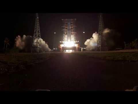 360-degree view of Tianzhou-1 cargo spacecraft launch - blast off