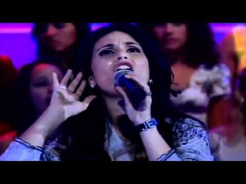 Cantante cristiana Aline Barros impacta con canción a Xuxa