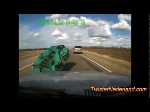 Clip những tai nạn và tình huống hài hước khi đi xe
