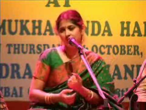 Smt Kaushiki Desikan - Meera Bhajan -