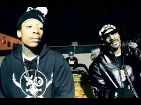 Snoop Dogg feat Wiz Khalifa & Bruno Mars -Young, Wild & Free