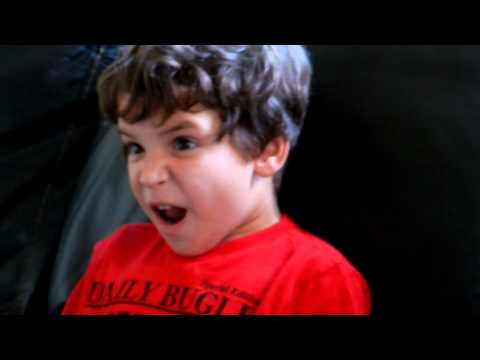 Little kid's reaction to Empire Strikes Back revelation- Glorious!