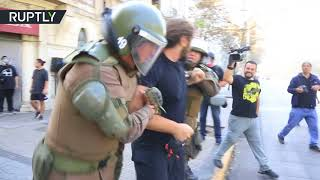 Violent clashes erupt in Chile as march against 'sexist education' - RUSSIATODAY