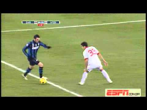 Bari Inter 0-3 - Ampia Sintesi - Full Highlights & All Goals [3/2/2011]