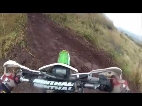 Maringá em Ação: Trilha de Moto em Floresta com muita chuva