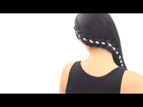 Peinado de lado: Trenza decorada