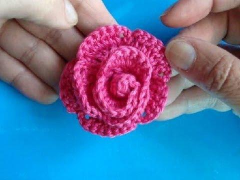 Вязаные цветы  - Роза с лепесточками