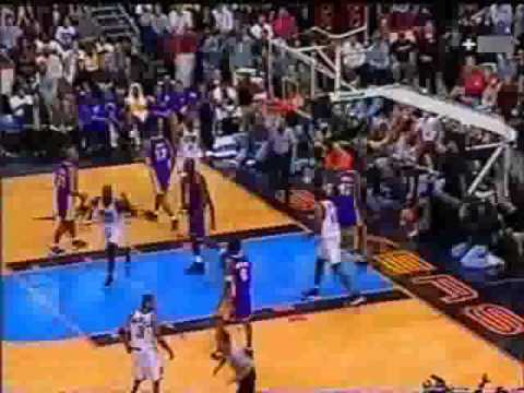 Kobe Bryant 19 pts 5 blocks vs Sixers 1999-00 Lockdown on AI