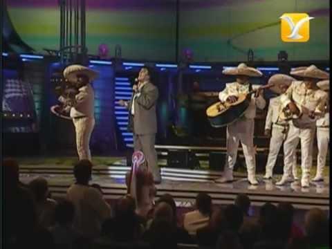 Juan Gabriel, Te Voy a Olvidar - La Farsante