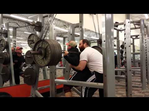 Slav - 605lb high raw squat w/mini bands