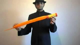 فيديو| تعلم بعض خدع وألعاب ساحر السيرك؟