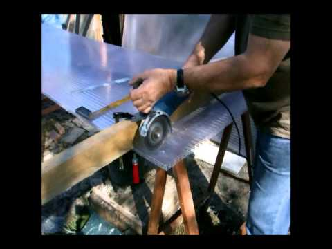 Comment couper une plaque ondulée bitumée