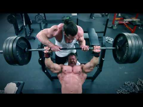 MyTopForm.com Athlete Scott Farmer Works out Chest