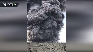 Mere meters from huge pillar of volcanic ash! - RUSSIATODAY