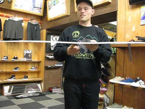 2014 Review of Nitro Team Gullwing Snowboard Estevan Oriol