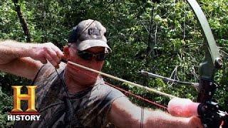 Ax Men: Chapman Crew Goes Bow Fishing - HISTORYCHANNEL