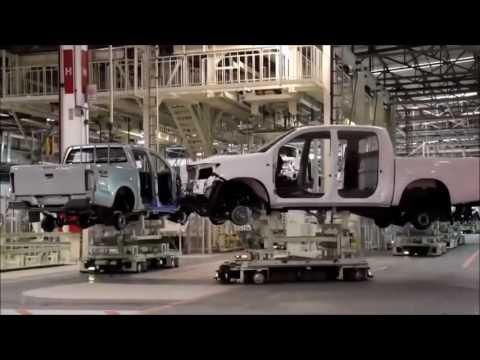 صناعة السيارات : تويوتا هايلوكس 2016 - 2017