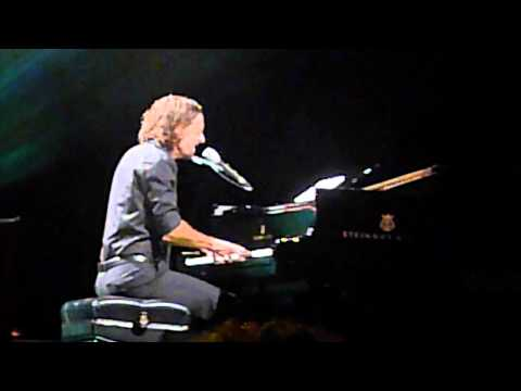 Mr Curiosity - Jason Mraz + Toca Rivera - Live in Sydney 2011